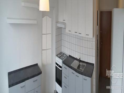 Pronájem 2+1, Karlovy Vary - Janáčkova, 5500 Kč, 50 m2