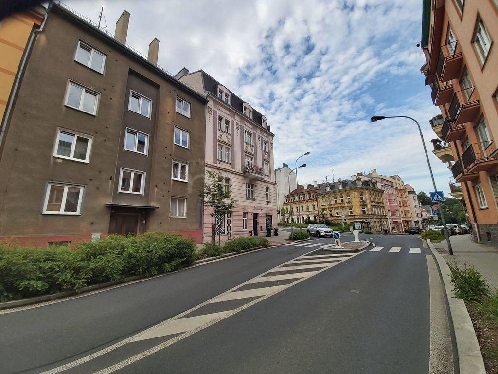 Pronájem 3+1, Karlovy Vary - Vítězná, 10000 Kč, 78
