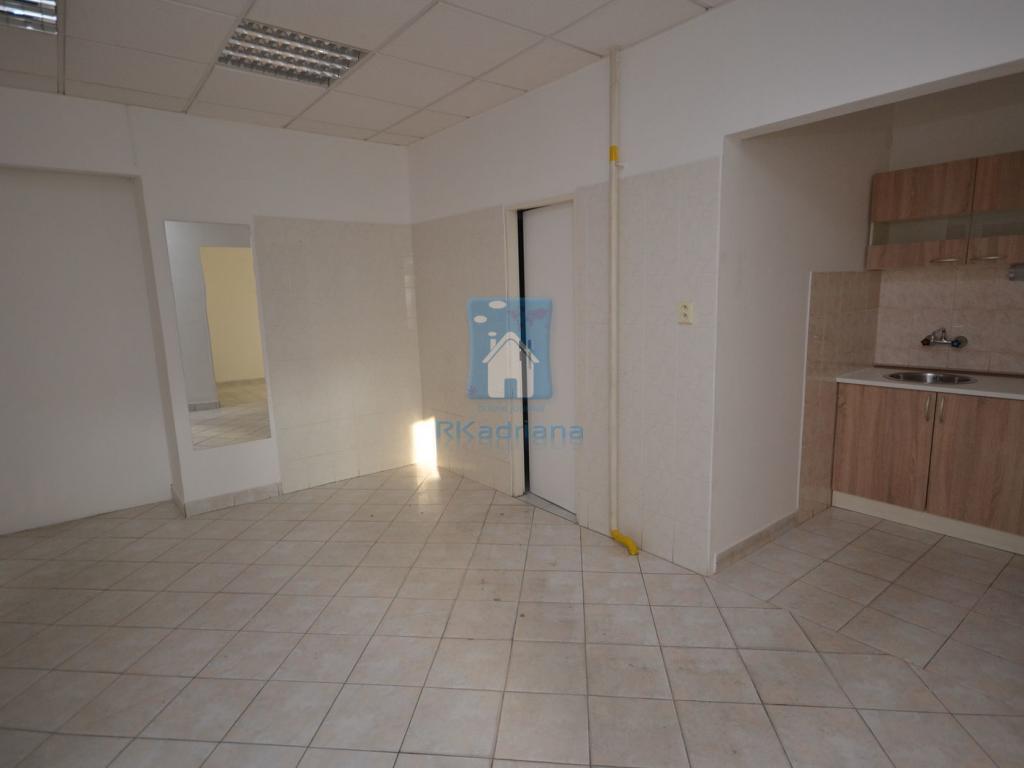 Pronájem 1+1, Plzeň - Sladkovského, 7000 Kč, 35 m2