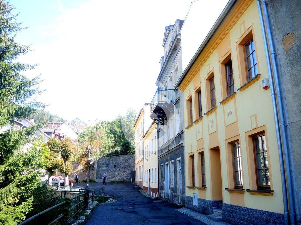 Pronájem 3+kk, Karlovy Vary - Petřín, 13000 Kč, 80 m2