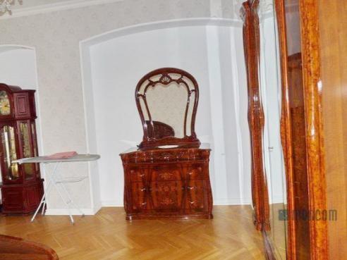 Pronájem 2+1, Karlovy Vary - I. P. Pavlova, 9000 Kč, 78 m2
