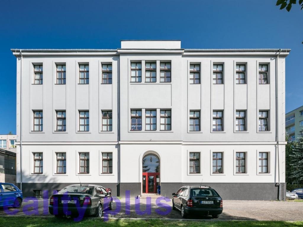 Pronájem 1+kk, Liberec - Švermova, 8990 Kč, 33 m2
