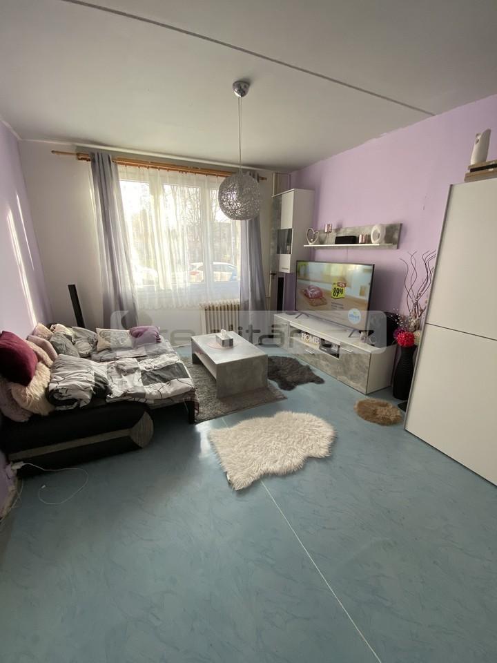 Pronájem 1+1, Plzeň - Macháčkova, 7500 Kč, 36 m2