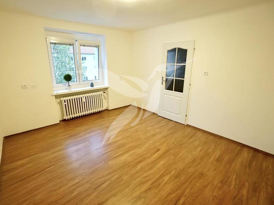 Pronájem 1+1, Plzeň - Sukova, 7700 Kč, 36 m2