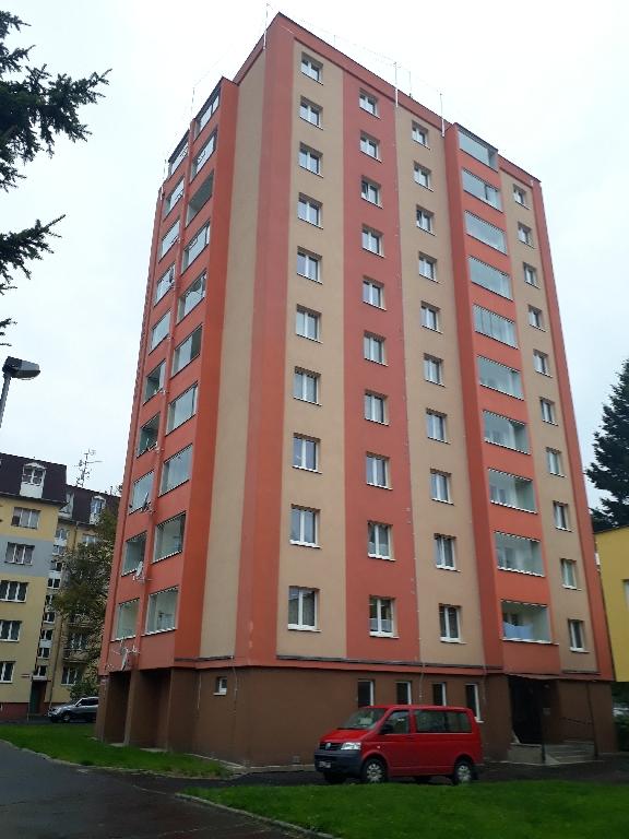 Pronájem 2+1, Karlovy Vary - Šumavská, 10500 Kč, 60 m2