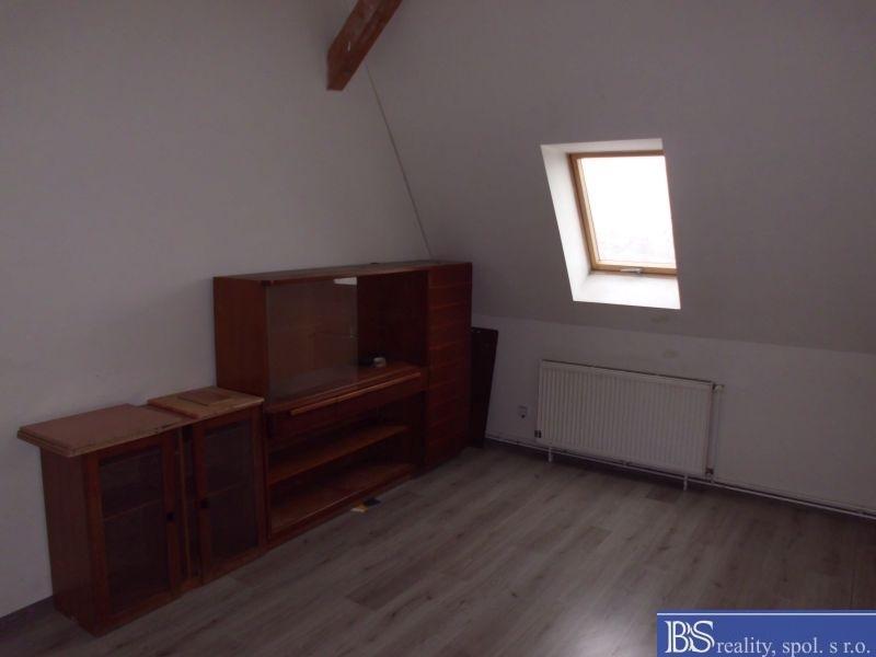 Pronájem 2+1, Ústí nad Labem - Děčínská, 11200 Kč, 68 m2