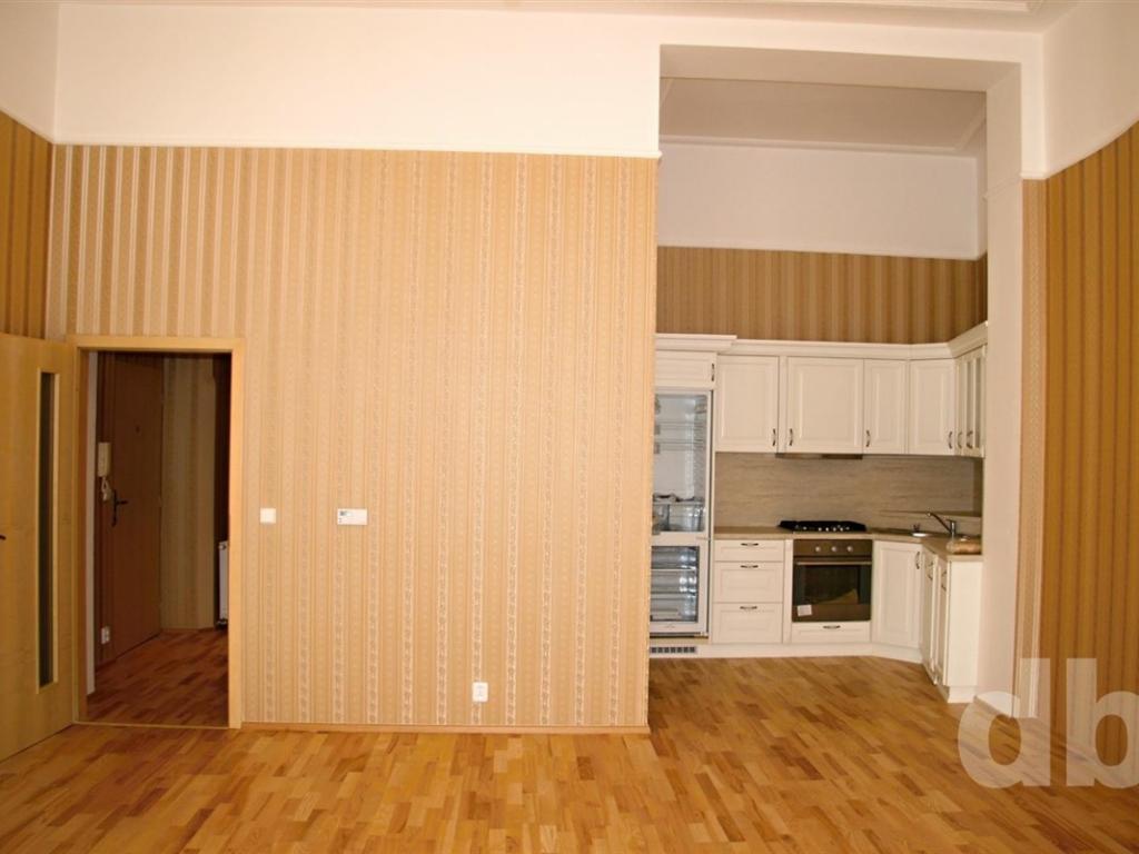 Pronájem 3+kk, Karlovy Vary - Sadová, 11000 Kč, 60 m2