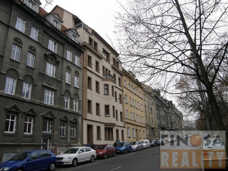 Pronájem 1+kk, Ústí nad Labem - Palachova, 7700