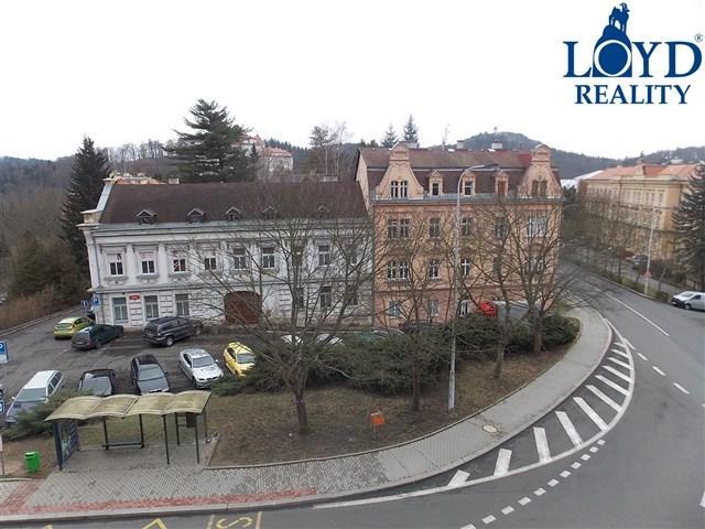 Pronájem 2+1, Karlovy Vary - Na vyhlídce, 6000 Kč, 65 m2