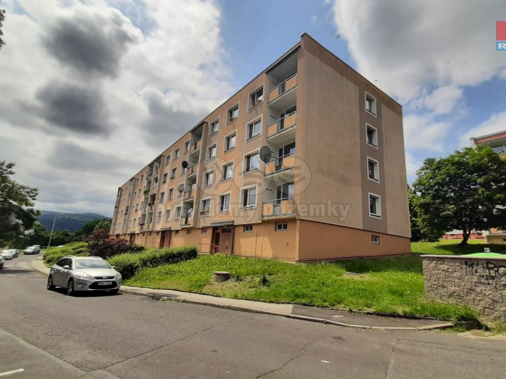 Pronájem 2+1, Ústí nad Labem - Hluboká, 9500 Kč, 6