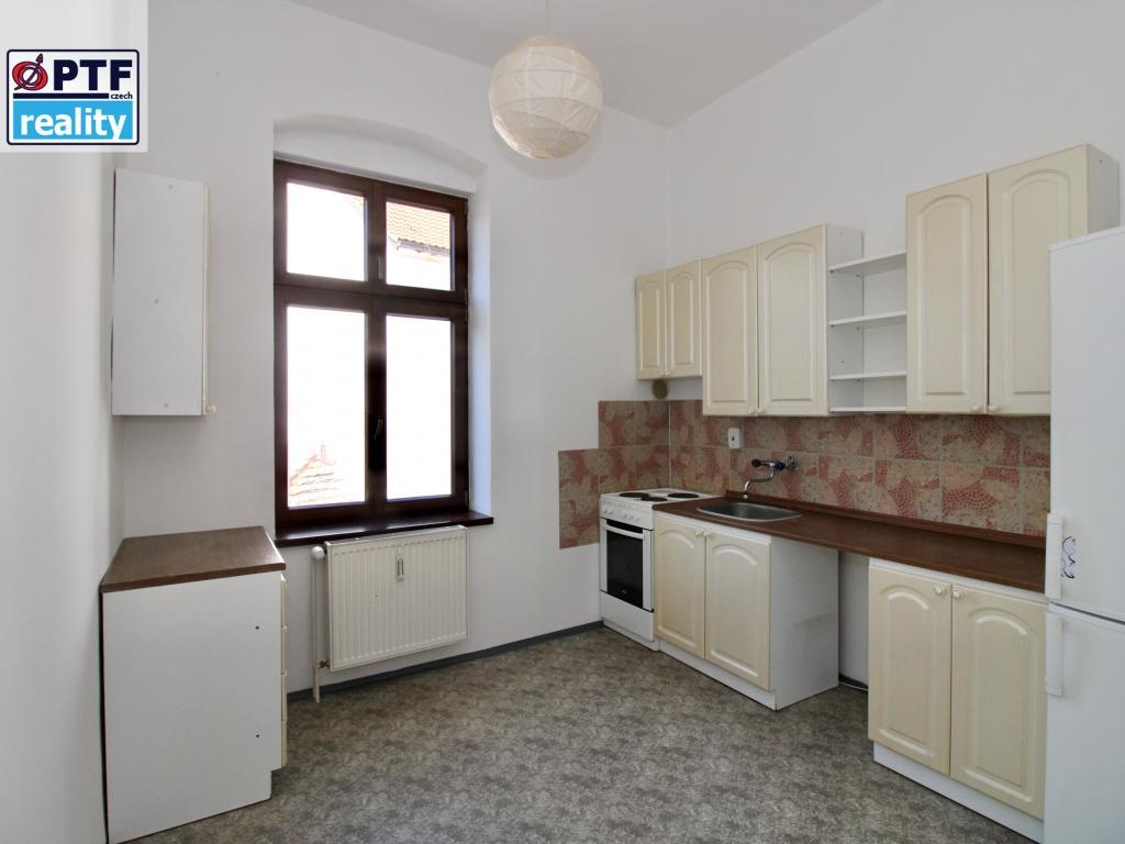 Pronájem 1+1, Plzeň - Na Roudné, 7500 Kč, 48 m2