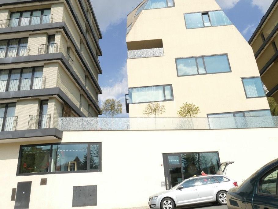 Pronájem 3+kk, Karlovy Vary - Pražská silnice, 15000 Kč, 89 m2