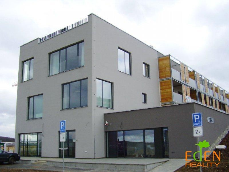 Pronájem 1+1, Plzeň - Vltavínová, 10000 Kč, 35 m2