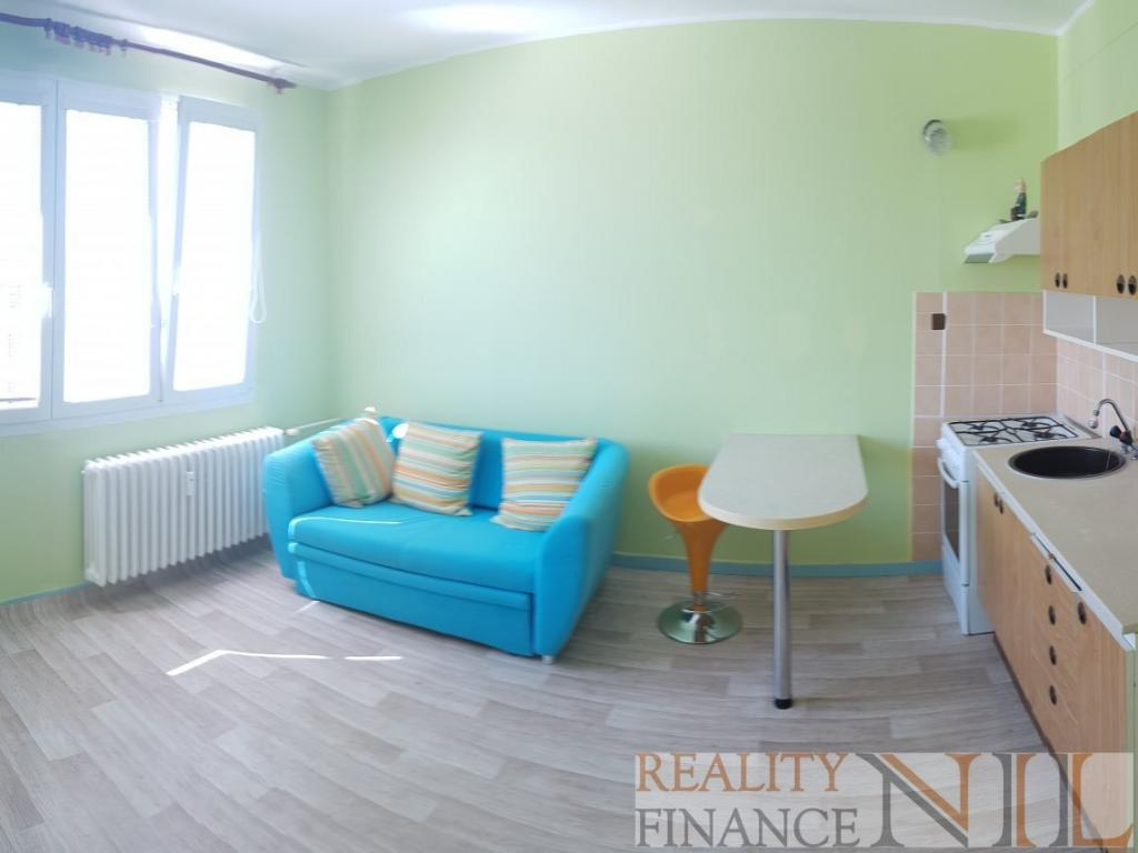 Pronájem 1+1, Plzeň - Heyrovského, 7000 Kč, 38 m2