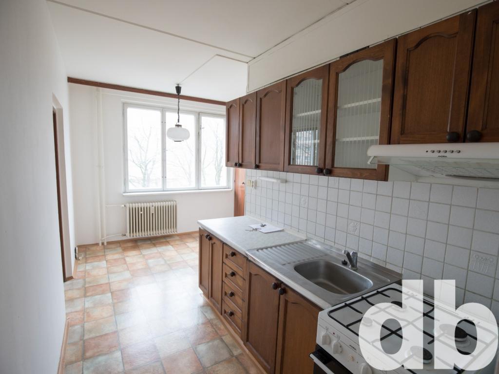 Pronájem 2+1, Karlovy Vary - Východní, 7500 Kč, 62