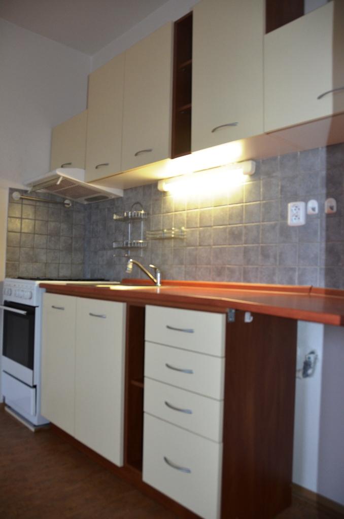 Pronájem 2+kk, Liberec - Hodkovická, 8500 Kč, 50