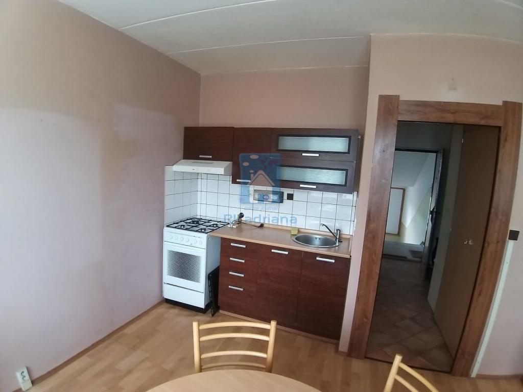 Pronájem 1+1, Plzeň - Hodonínská, 1 Kč, 39 m2