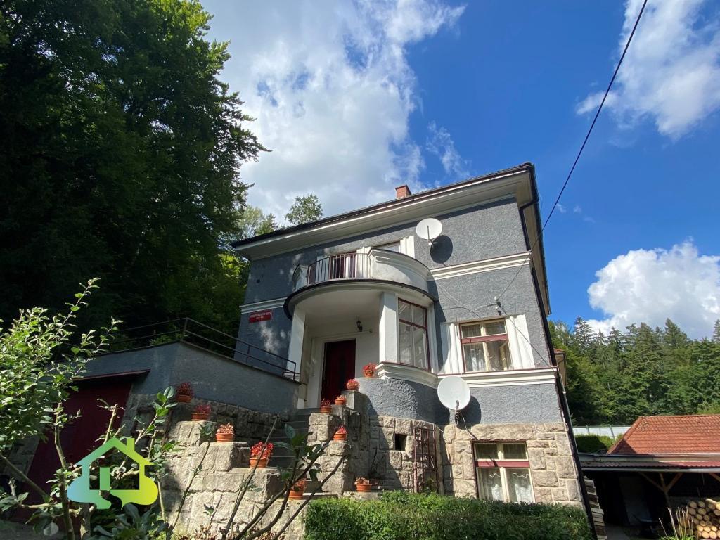 Pronájem 2+1, Liberec - Stroupežnického, 12900 Kč,